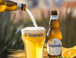 giá bia hoegaarden tphcm