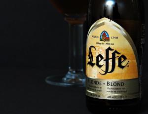 hương vị đặc biệt của bia leffe vàng